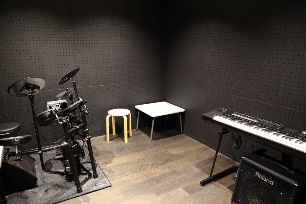 楽器練習ができるスタジオも