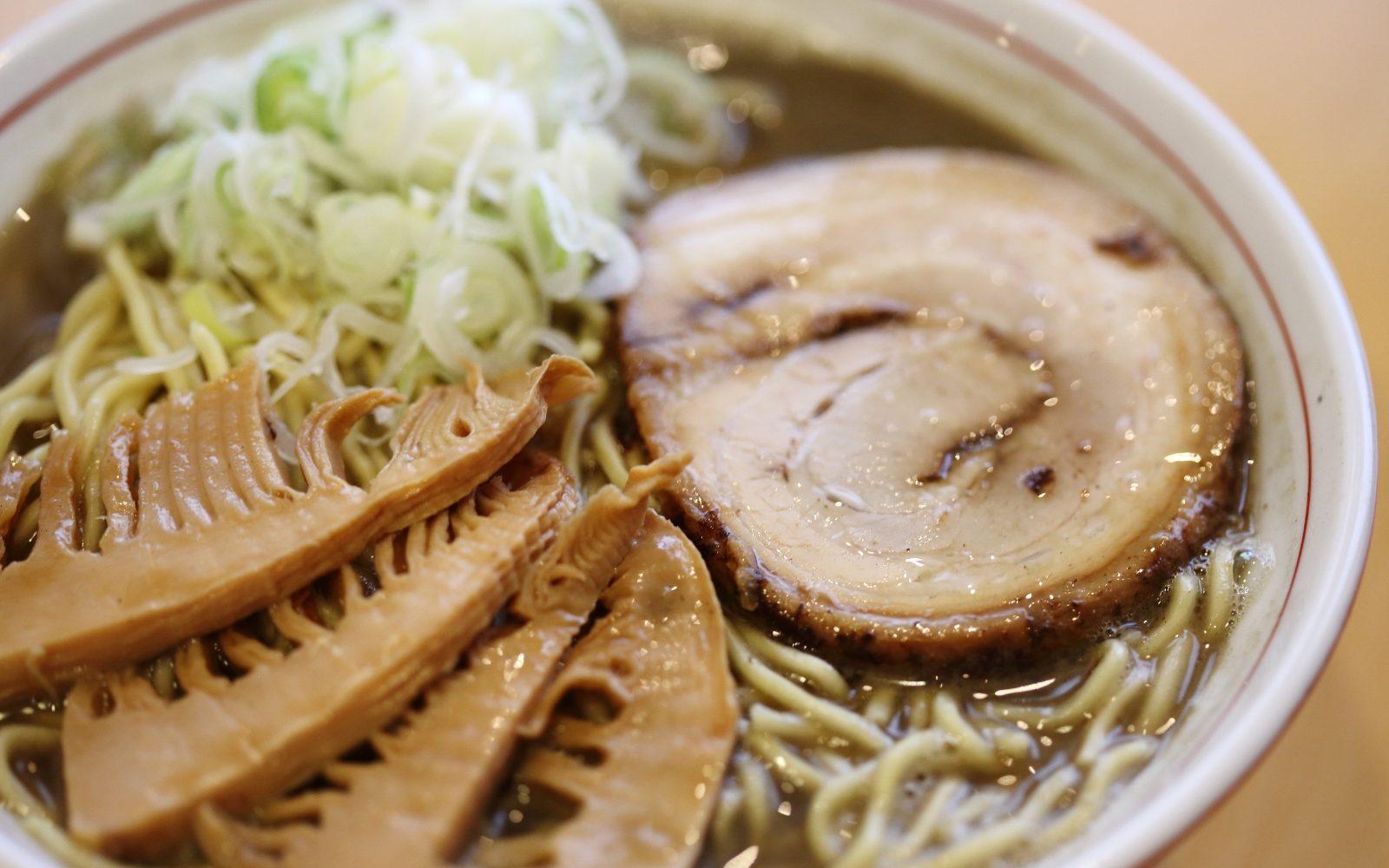 おしゃれな空間で中華と和・洋が融合したお料理が楽しめるお店