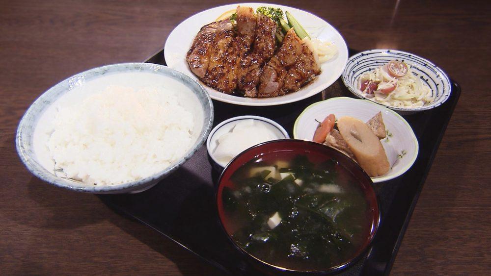 焼肉(ロース)定食