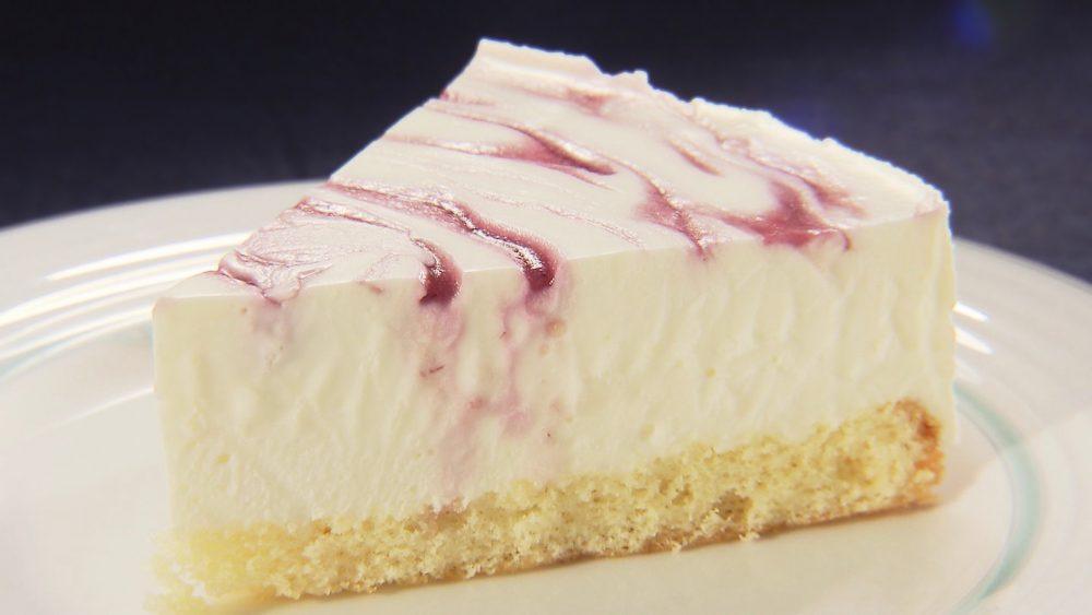 天津桃のレアチーズケーキ